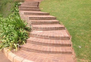 Paving steps in nutmeg